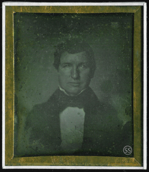 Paper mat daguerreotype